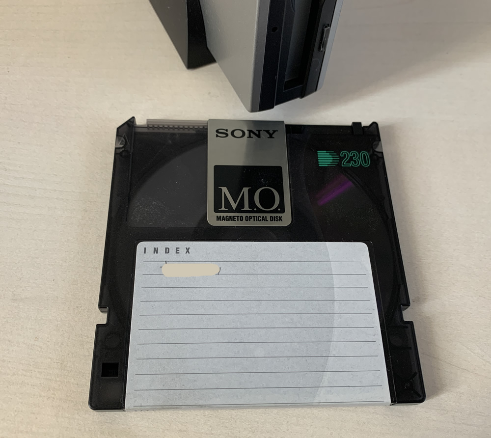 SONY製MOドライブ 230MB